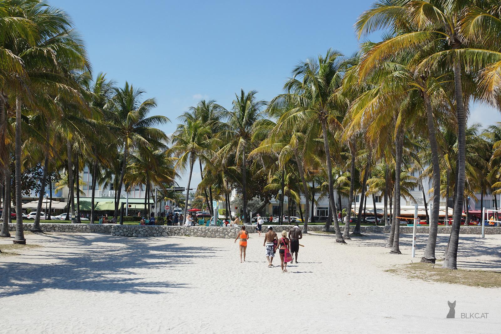 Miami-Beach-people